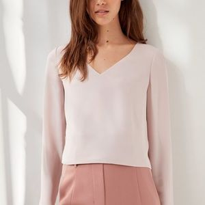 Aritzia Babaton Murphy Blouse in light pink xs